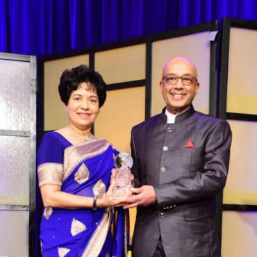 Asia Society Texas Center honors Goradias with Huffington Award